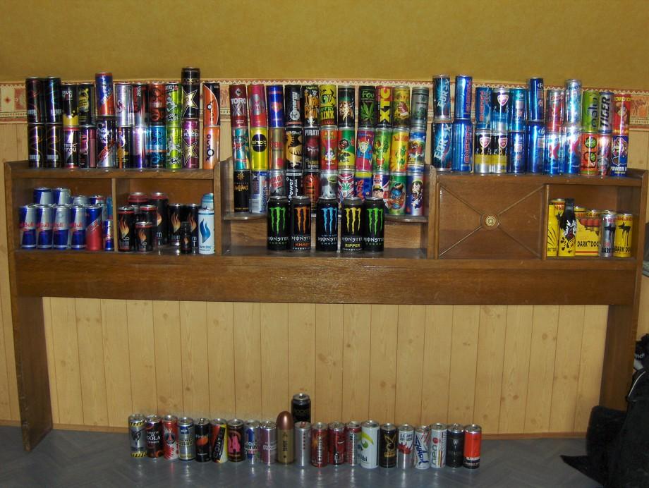 collection de canettes energisantes